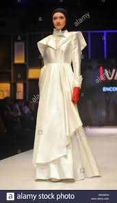 Designer Jakarta Jakarta 20th Apr 2018 A Model Presents A Creation By