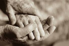 Η «άσχημη» μάνα - Μια ιστορία για την αληθινή μητρική αγάπη | Infokids.gr