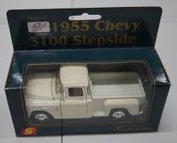 Superior Chevrolet 1955 Chevy 3100 Stepside White Diecast Car ...