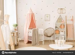 Kinderkamer Roze Cheap Babykamer Goud Grijs Wit Monsjesnl With