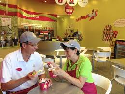 menchie s arrives in lincolnshire lincolnshire review