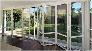 porta de correr sacada 4 folhas alumínio brilhante. 5 Razoes Para Escolher Portas E Janelas De Aluminio