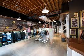 The Psychology of Interior Design Part 2: Retail Store Layouts | Fohlio