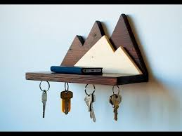 diy wooden design keyholder you
