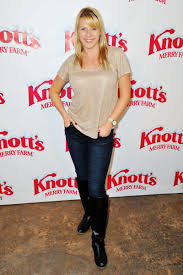 jodie sweetin 2015. Delighful 2015 Jodie Sweetin U2013 Knottu0027s Merry Farm Countdown To Christmas U0026 Tree Lighting  December 2015 With T