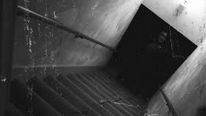 Watch These Films To See Why Patrick Wilson Is The New Name In Horror - Creepy basement stairs