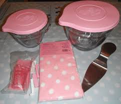 Cupcake Kitchen Decor Sets Madhouse Family Reviews Pampered Chefs Pink Range Raspberry