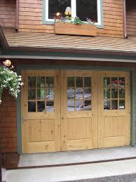 bi fold garage doorsCustom Bi Fold Garage Doors