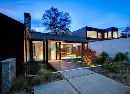 luxurious lighting ideas appealing modern house. View In Gallery Landscape Around The Classic Home Adds To Its Open, Airy Appeal Luxurious Lighting Ideas Appealing Modern House