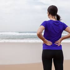 Pain in the low back can be a result of conditions affecting the bony lumbar spine, intervertebral discs (discs protecting the soft tissues of the nervous system and spinal cord as well as nearby organs of the the sciatica of lumbar radiculopathy typically affects only one side of the body, such as the left. What Causes Pain In The Lower Right Part Of Your Back