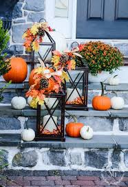 taryn whiteaker create a neutral fall front porch with her metallic outdoor fall decorating ideas this is for all of you who aren t fans of orange