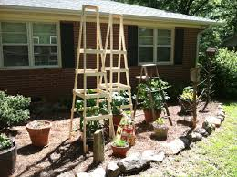 Diy tomato cage Decor Painting Your House Walker Survival Sherpa Wordpresscom Todds Tomato Ladders No More Lame Cages Survival Sherpa
