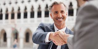 Деловой этикет в США Американцы часто приглашают делового партнера домой