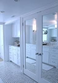 Image mirrored closet door Bedroom Simple White Frame Mirrored Closet Doors To Make Your Space Look Bigger Shelterness 20 Mirror Closet And Wardrobe Doors Ideas Shelterness