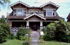 Modern Craftsman Style Homes This One Looks A Little Haunted Craftsman Style Homes