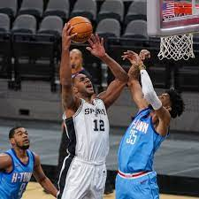 #12, fc, san antonio spurs. Lamarcus Aldridge Will Return For The Spurs Tonight Vs The Thunder Pounding The Rock