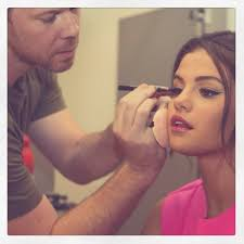 you re going to want to steal the makeup artist trick seen here on selena gomez glamour