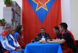 В Хакасии можно попить <b>чаю</b> с чемпионами <b>мира</b> по кикбоксингу