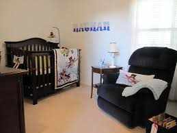 airplane crib bedding style