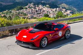 Ferrari's claim to have increased cabin spac e in spite of the ferrari f12's reduction in overall size is borne out by first impressions. Ferrari F12 Berlinetta Review 2012 2017 Evo