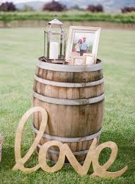 wine barrel wedding decor ideas for rustic weddings
