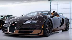 But then, nobody buys a veron with practicality in mind. Bugatti Veyron Grand Sport Vitesse Rembrandt Is A Work Of Art