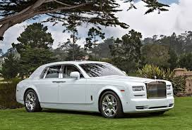 wraith rolls royce drake. this has only been seen on the rollsroyce phantom which is blacku2026 drakeu0027s white leads us to believe that if rapper wants something wraith rolls royce drake
