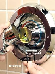 fix leaking shower faucet single handle step 1 remove handle how to repair leaky bathtub faucet