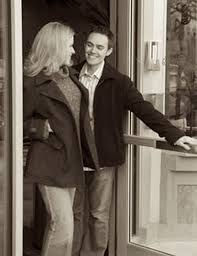 why men should open doors for a woman