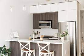 when should cabinetry go to the ceiling