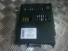 0011868v011 5wk45090 fuse box smart fortwo 2005 0 7l 150eur 0011868v011 5wk45090 fuse box smart fortwo 2005 0 7l 150eur eis00014920