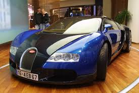 Rapper lil wayne's car collection, then and now. A Bugatti Veyron Costs About 1 7m And You Won T Believe How Much It Costs To Get The Oil Changed Celebrity Net Worth