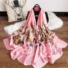 Designer Head Scarf Fashion Designer Silk Scarf Hot Womens Luxury Letter Shawl Scarf Spring Long Neck Ring Size 180x90cm High Quality With Gift Box Optional Head Scarf