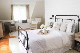 Stylish farmhouse master bedroom decor ideas Cozy Stop Here For The Ultimate List Of Farmhouse Bedroom Ideas These Farmhouse Bedrooms Will Inspire The Weathered Fox 15 Farmhouse Bedroom Ideas Anyone Can Replicate The Weathered Fox