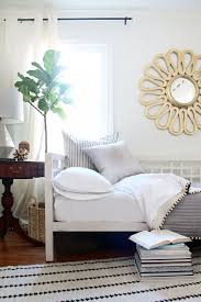 office with daybed. Combine A Guest Bedroom And Home Office In Style - How To Decorate With Daybed I