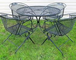 russell woodard patio set 4 spring bounce barrel back chairs and dining table floral rose metal mesh outdoor furniture mid century modern metal patio chairs i76 metal