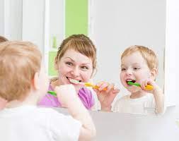5 trò chơi vui nhộn giúp con tập đánh răng - Nhà thuốc Long Châu