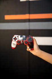 Ps4 Designs Tokyo Ghoul Ps4 Controller Skins By Skinit Explore Tokyo