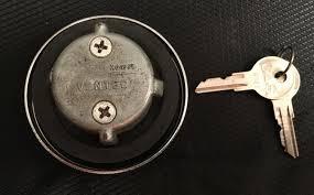 F S Ac Gm Non Locking Fuel Cap Ac Gm Vented Locking Gas
