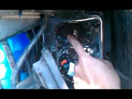 cadillac srx turn signal bulb replacement 2005 part 2 cadillac srx turn signal bulb replacement 2005 part 2