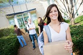 7 people you ll meet your freshman year of college cambio 2 a sturdy bag