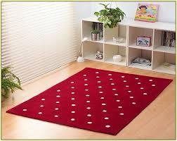 red polka dot rug