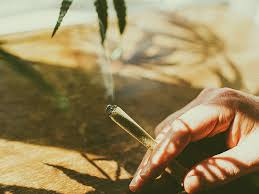 can smoking weed give you a cold