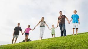Resultado de imagem para familias