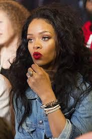 Robyn Rihanna Fenty | Стиль рианны, Косметические товары ...