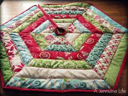 12 Days of Christmas Tree Skirt - A Jennuine Life & 12 Days of Christmas Tree Skirt Adamdwight.com