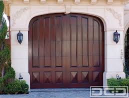 hollywood garage doorsDynamic Custom Garage Doors  855 3433667