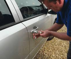 locked car. Auto Lock Emergency? Don\u0027t Worry Locked Car A