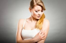 8 Best Home Remedies for Itchy Rashes on Skin | Makeupandbeauty.com