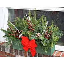 Christmas Window Box Decorations Sweetly Home Our Window Boxes 93